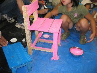 ピンクの椅子.jpg